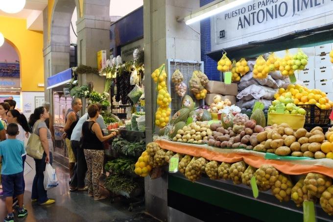 Mercado de Vegueta グランカナリア島のラス パルマス中央市場_b0246303_03171491.jpg