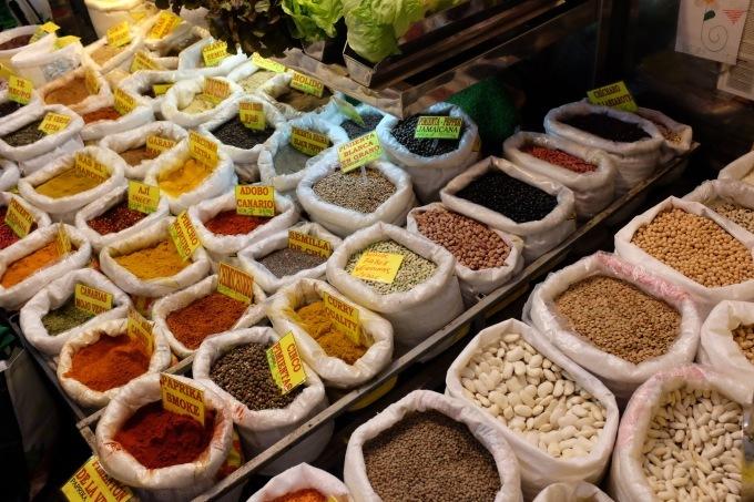 Mercado de Vegueta グランカナリア島のラス パルマス中央市場_b0246303_03244466.jpg