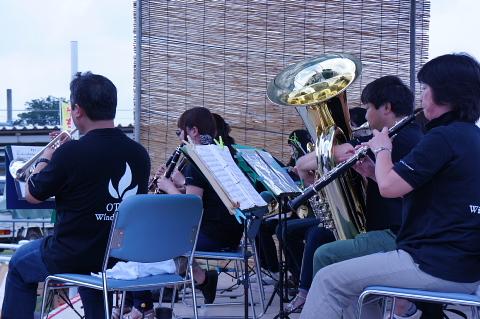 やちまた駅北口市演奏(8月9日)_f0200416_10532710.jpg