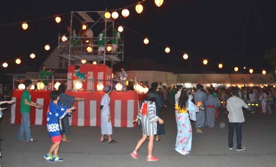 敗戦の日、大日向の盆踊り_d0164519_2158764.jpg