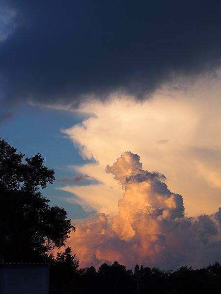 2015年8月22日 甲州・信州散策⑧ ドラマチックな高原の夕暮れ_b0341140_1631785.jpg