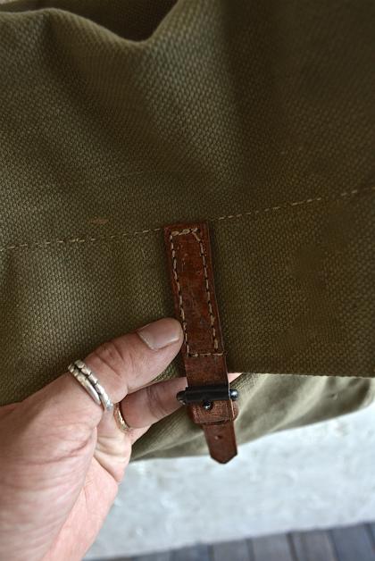 Belgian army 50\'s postman bag_f0226051_1525639.jpg