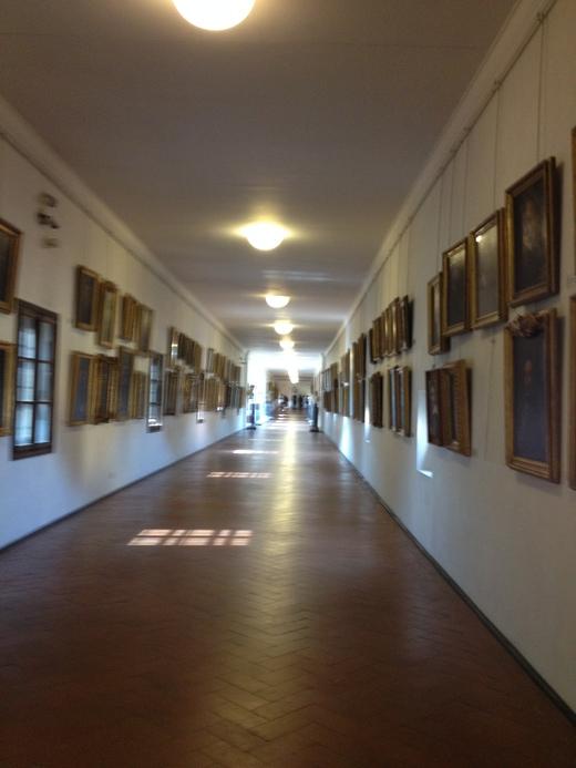 ヴァザーリの回廊に入ってから二人の有名人_a0136671_3421449.jpg
