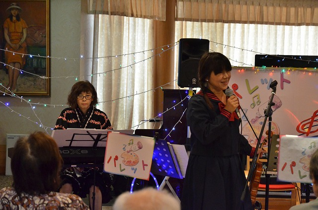 8月9日、高齢者施設でパレットライブを行いました♪_e0188087_1650114.jpg