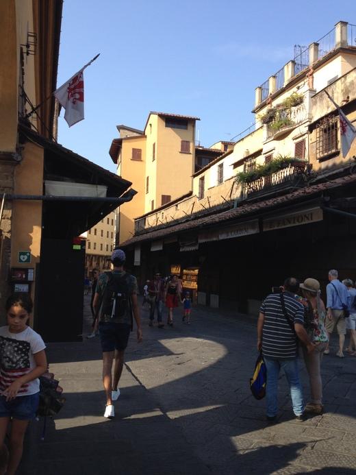 ヴァザーリの回廊とチェッリーニ_a0136671_0401925.jpg