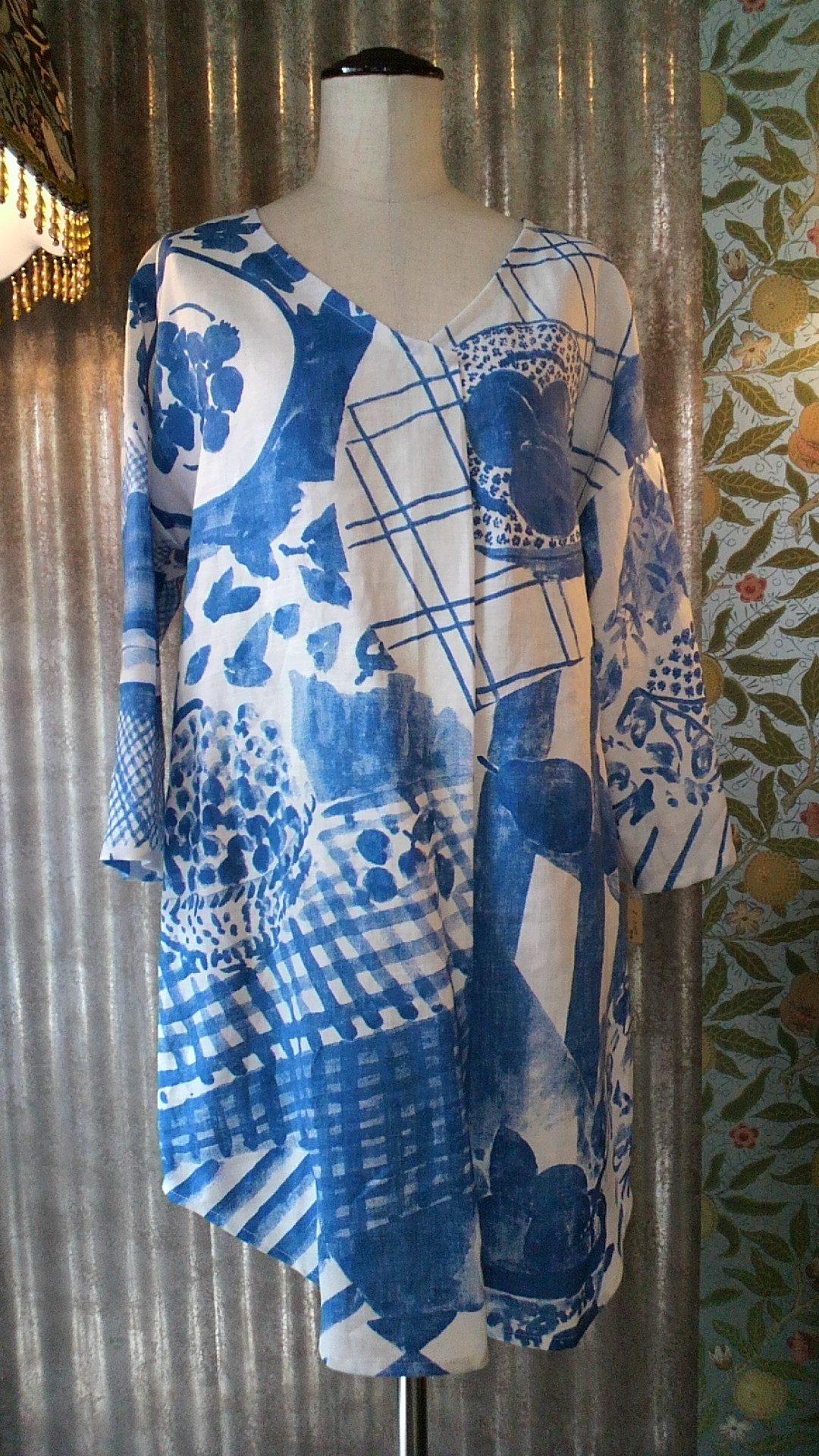 カーテン生地で作る『マリメッコ』の洋服_c0157866_1938114.jpg