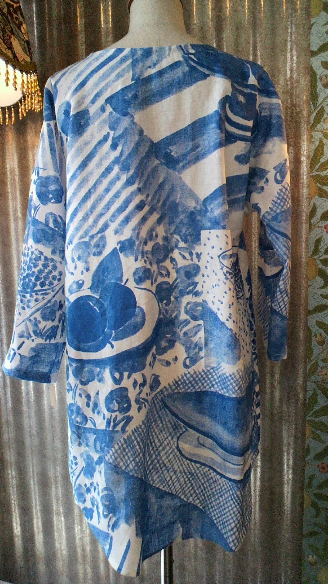 カーテン生地で作る『マリメッコ』の洋服_c0157866_19383197.jpg