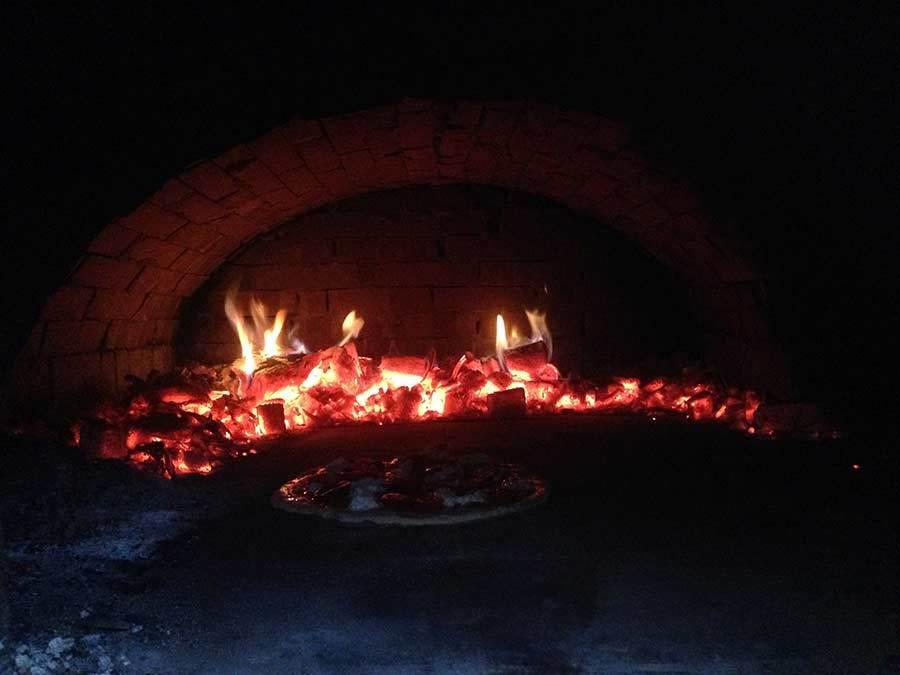 森を歩いたりピザを焼いたり_f0106597_05212243.jpg