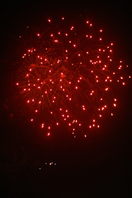 盆の花火、あがる_f0143119_21404469.jpg