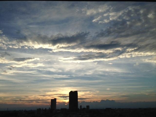 《空と雲》彩雲、そして夕焼け空~高次の存在を感じてみる。~_b0298740_22132982.jpg