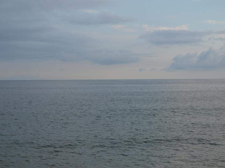 晩夏の海辺から_e0122680_17534348.jpg