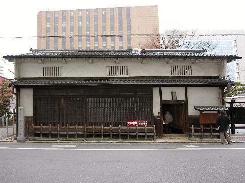 ーー昔の遊び場!も、今、大阪一番!の、ビジネス街!北浜!淀屋橋!かいわい!ーー_d0060693_181753.jpg