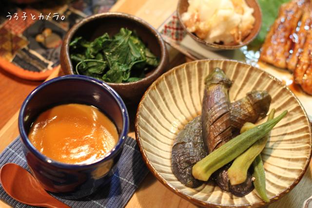 鰯の蒲焼き。鮭とレタスの炒飯。_f0348831_07411965.jpg
