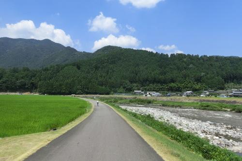 乗鞍サイクリングの続き・・・長良川サイクリング&輪行_b0332867_23510022.jpg