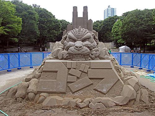 砂のゴジラ 福島原発告訴団 アスベスト訴訟 NHK大包囲_a0188487_17465534.jpg