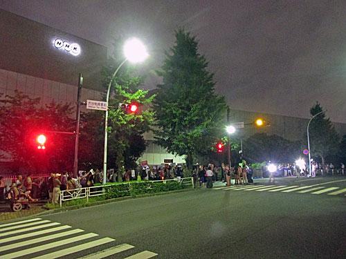 砂のゴジラ 福島原発告訴団 アスベスト訴訟 NHK大包囲_a0188487_17483987.jpg