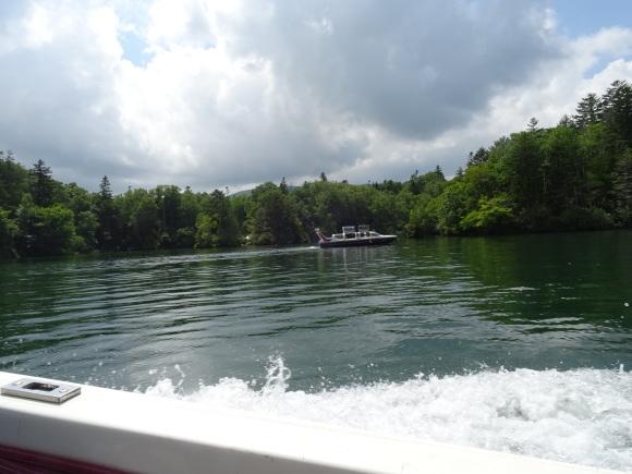 9)阿寒湖でモーターボート_b0236665_15072425.jpg