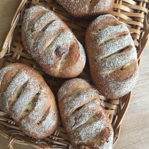 チーズとくるみのライ麦パン_e0117783_10234786.jpg