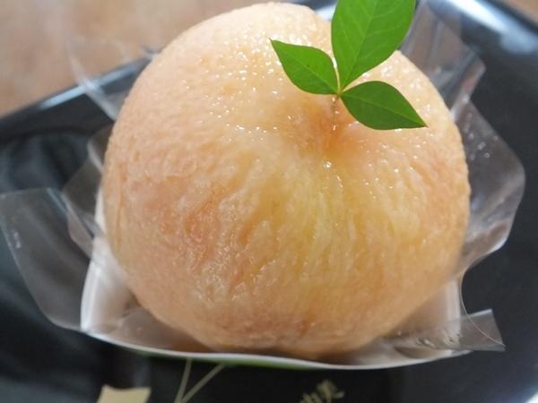 桃のケーキ♡_d0030894_10533365.jpg