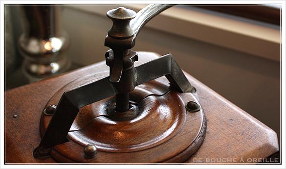 moulin a cafe プジョー コーヒーミル  T型_d0184921_13305099.jpg