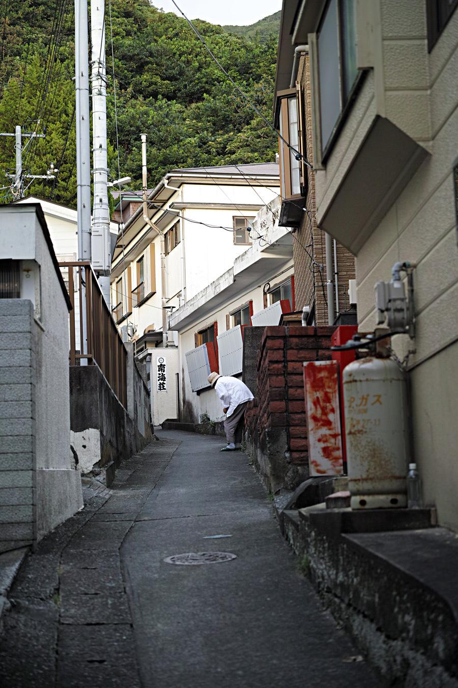 神津島特集⑥ 島のスナップ 街並みを中心に_c0223825_16333348.jpg