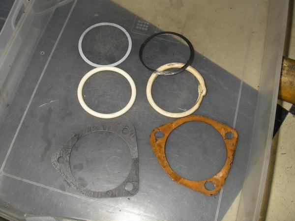 BMW Rタイプのオイルエレメント(オイルフィルター)_e0218639_1101446.jpg