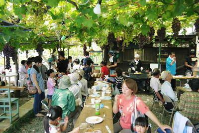 熊本ぶどう 社方園 第8回ぶどう祭り その1_a0254656_19233772.jpg