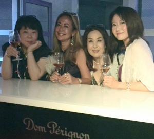 ドン ペリニヨン ロゼ 「ダーク・ジュエル仮装舞踏会 2015」_b0051666_1026215.jpg