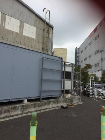 東京では_b0283089_05585598.jpg