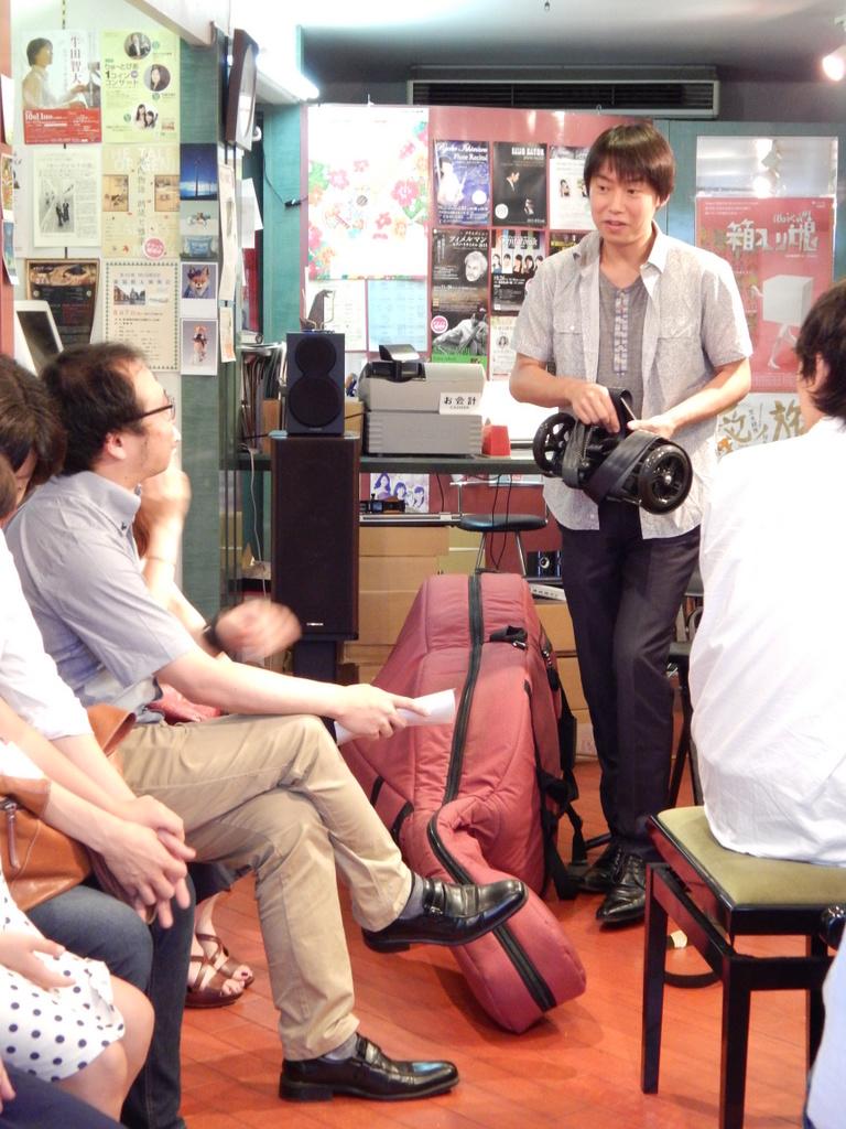 昨日は幣隆太郎さんインストアライブ。すごかったです。_e0046190_1524516.jpg