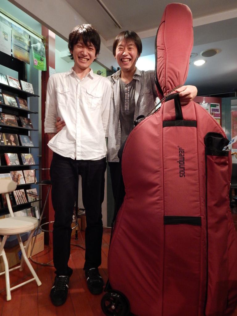 昨日は幣隆太郎さんインストアライブ。すごかったです。_e0046190_156421.jpg