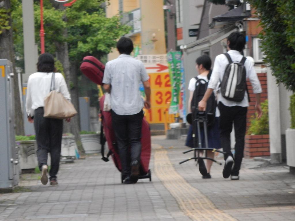 昨日は幣隆太郎さんインストアライブ。すごかったです。_e0046190_1565368.jpg