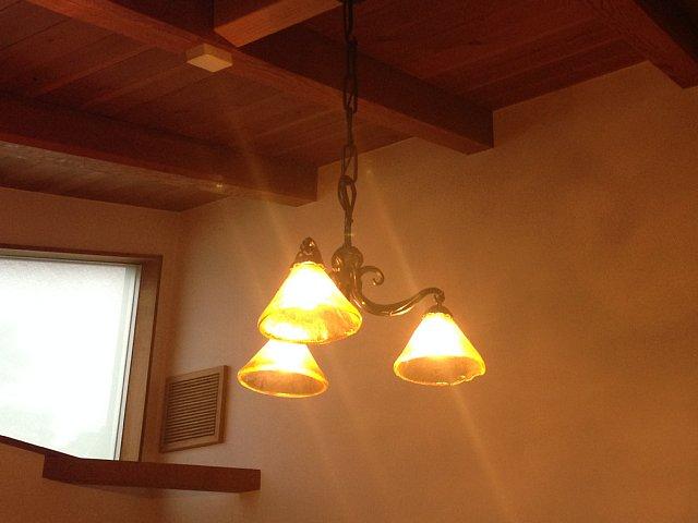 照明器具一つで・・・_d0157491_53836100.jpg