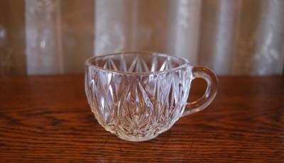 【NEW】古いガラスのカップ_f0155891_12305875.jpg