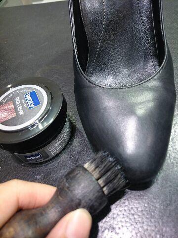 靴を労わるケアを!_b0226322_10395308.jpg