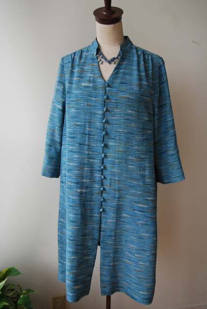 着物リメイク・麻のお着物からくるみボタンいっぱいチュニック_d0127925_13115732.jpg