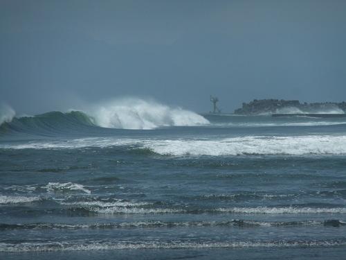 相模湾は高波注意...です。_b0137932_1464057.jpg