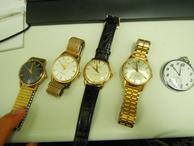 アンティーク時計を買い取りました。_b0252951_13401319.jpg