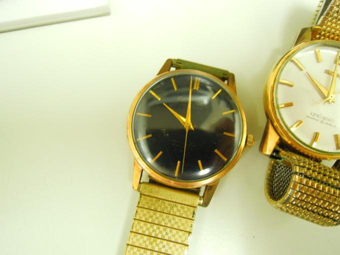アンティーク時計を買い取りました。_b0252951_13422930.jpg