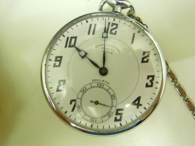 アンティーク時計を買い取りました。_b0252951_13424752.jpg