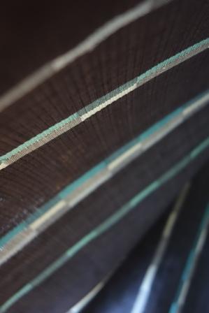本日クニヒサが織り上げた着尺は・・・。_f0177373_21545790.jpg
