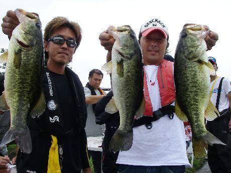 第10回 琵琶湖でバスフィッシングを楽しもう会 上位チーム 入賞レポート_a0153216_17152294.jpg
