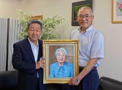 肖像画贈呈記事産経ニュースに載る_b0174462_09592506.jpg