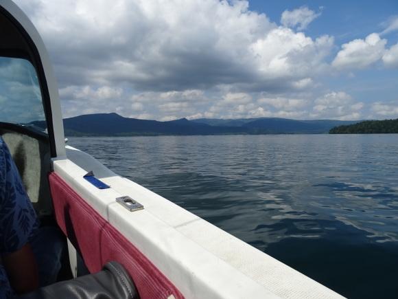9)阿寒湖でモーターボート_b0236665_06042920.jpg