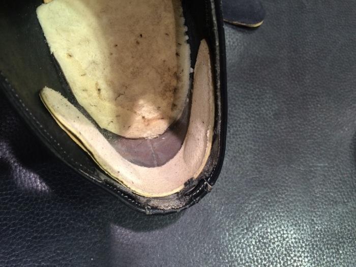 カカトが抜ける靴に_b0226322_10583602.jpg