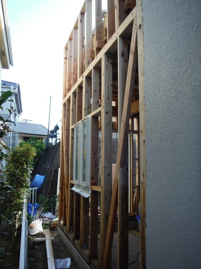 増築 ~ バルコニー下地造り_d0165368_5243827.jpg