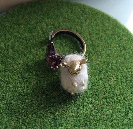 羊のフイユ_チャーム_f0230503_22273946.jpg