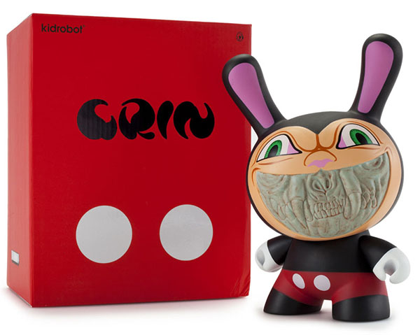 Grin 8 inch Dunny by Ron English_e0118156_8104289.jpg