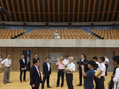 2015. 8.17 静岡県内の大型木造スポーツ施設を視察_a0255967_9381353.jpg