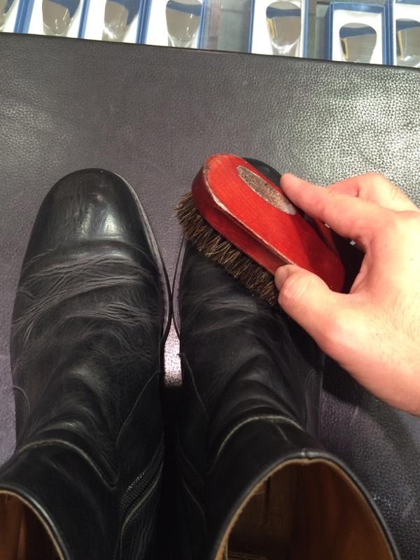ずっとしまっていたブーツをお手入れ_b0226322_11022879.jpg
